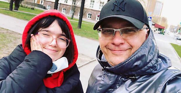 Станислав Садальский обвинил Юрия Аксюту в подсуживании дочери ведущего Первого канала на шоу «Голос».